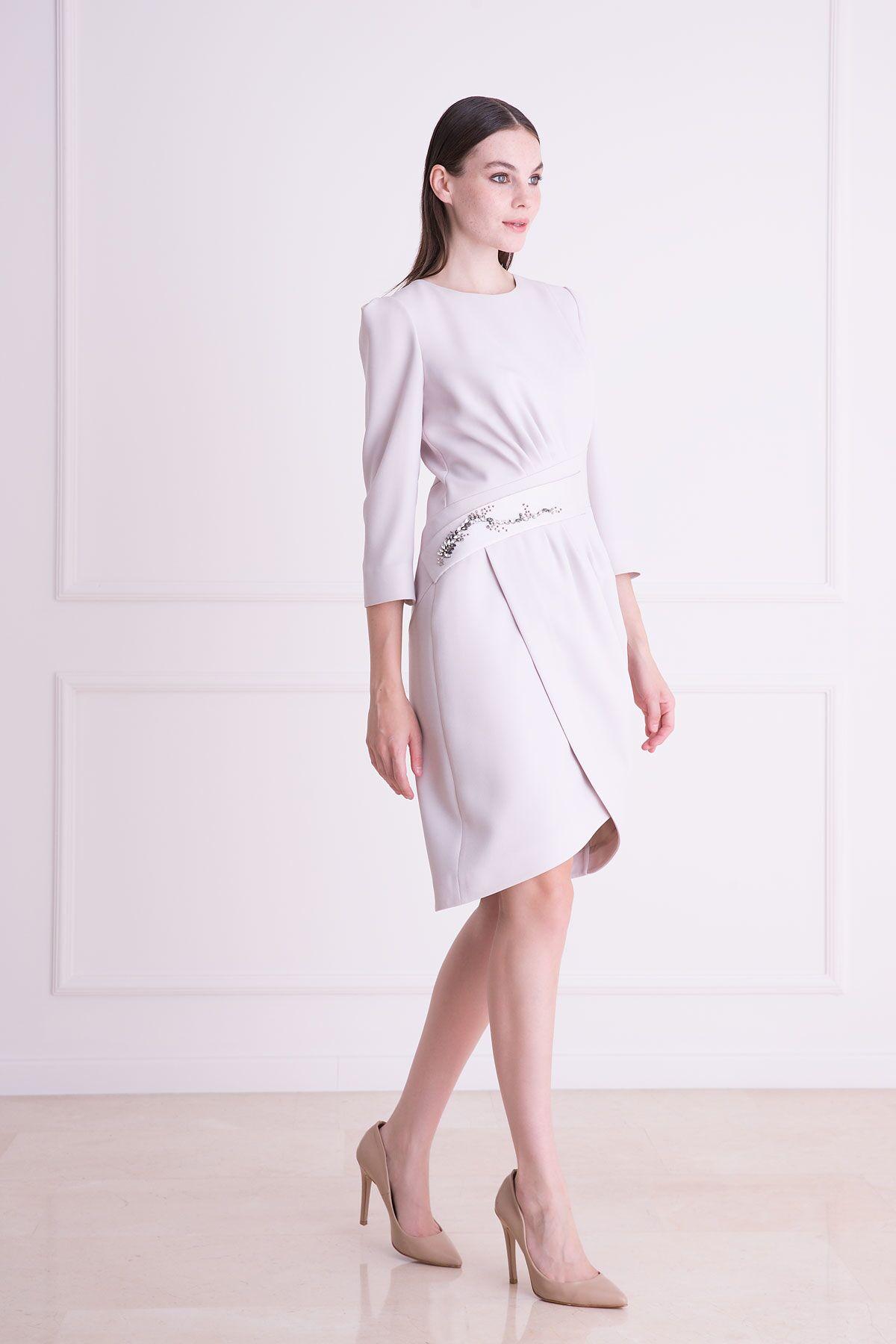 Taş İşlemeli Truvakar Kol Gri Midi Elbise