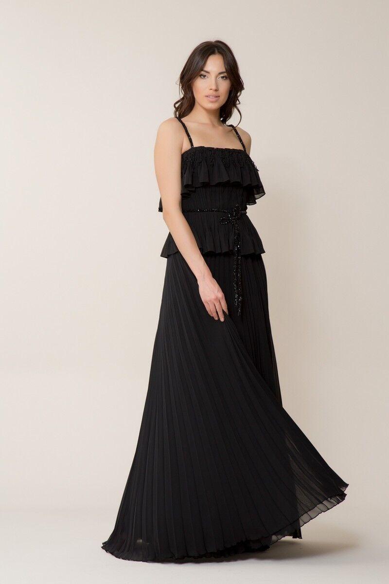 Taş Kemer Detaylı Siyah Uzun Elbise