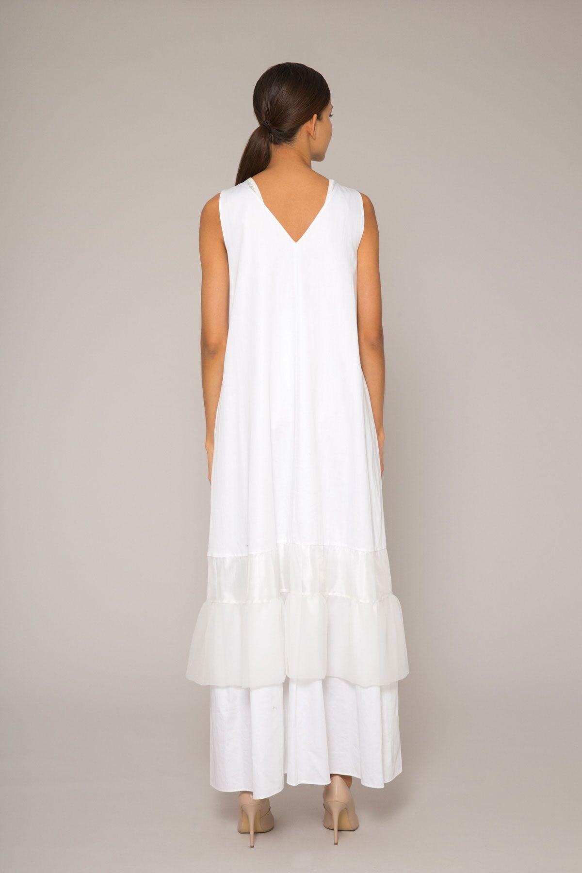 Triko Detaylı, Renkli Nakış Aplikeli Beyaz Poplin Uzun Elbise