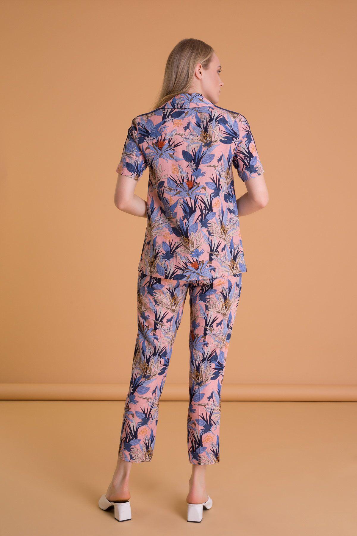 Tropical Pattern Carrot Cut Pocket Pants