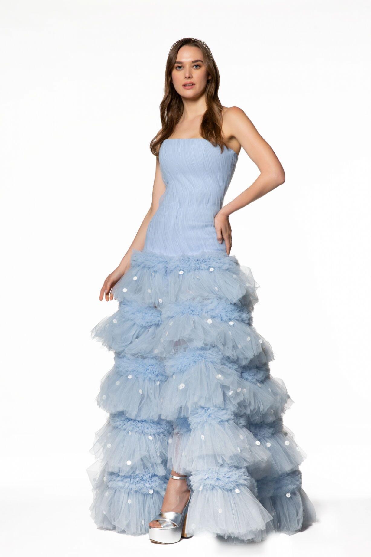 Tül Ve Hacimli Etek Detaylı Straplez Elbise