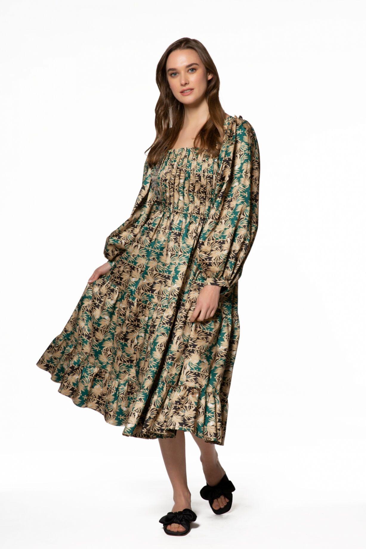 Uzun Kollu Desenli Kare Yaka Midi Elbise