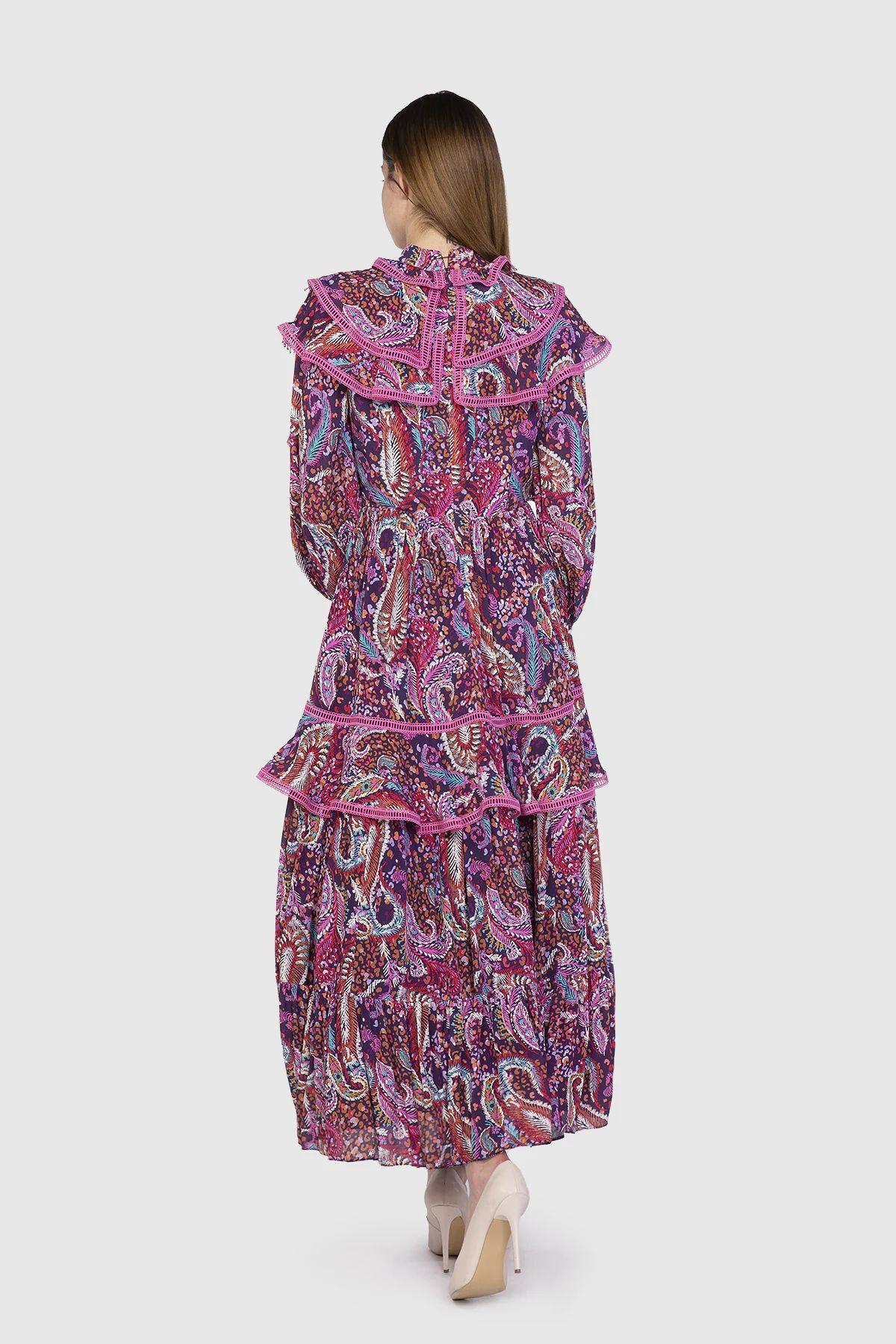 Yaka Detaylı Bordo Elbise
