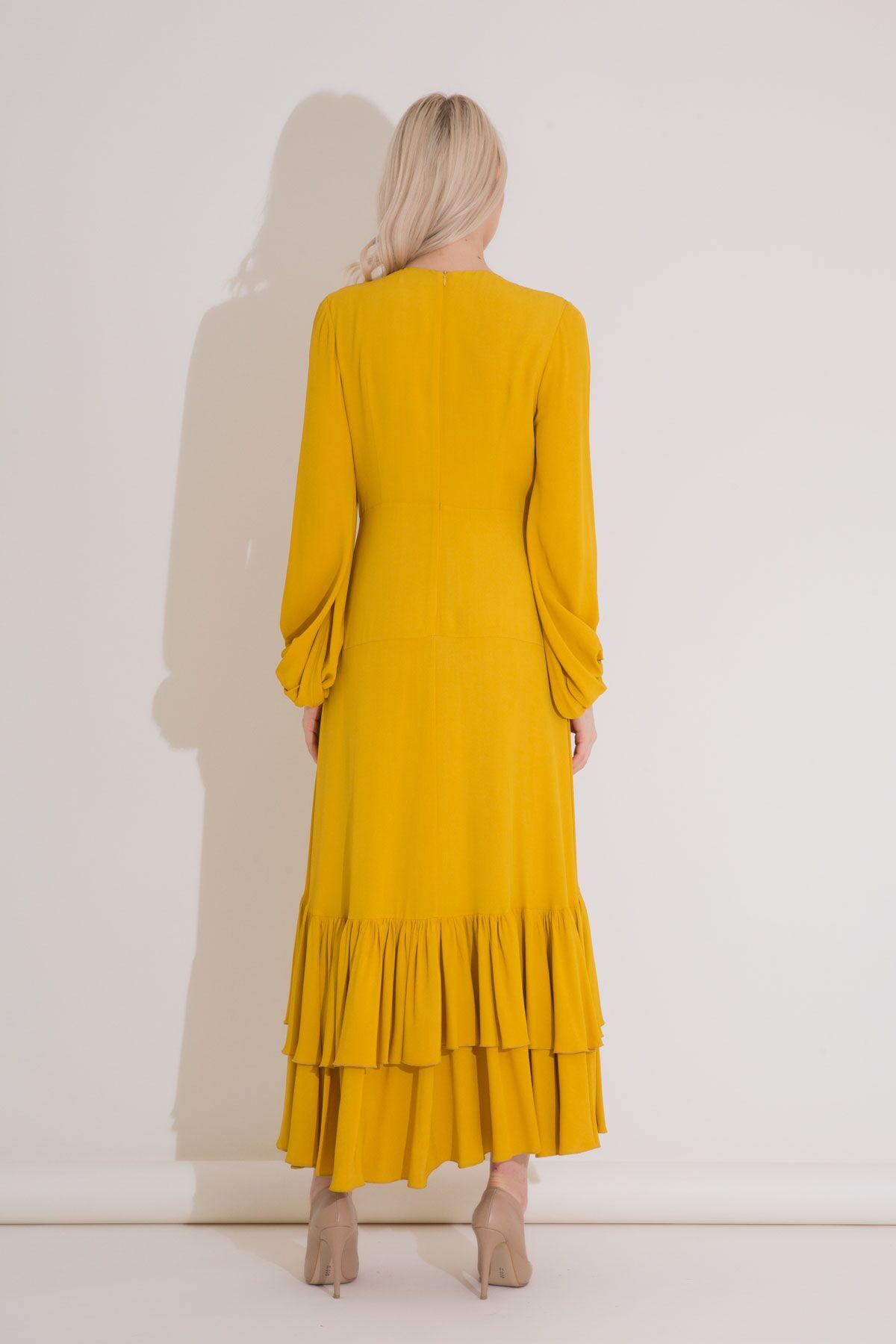 Yaka İşlemeli Safran Rengi Fırfırlı Uzun Elbise