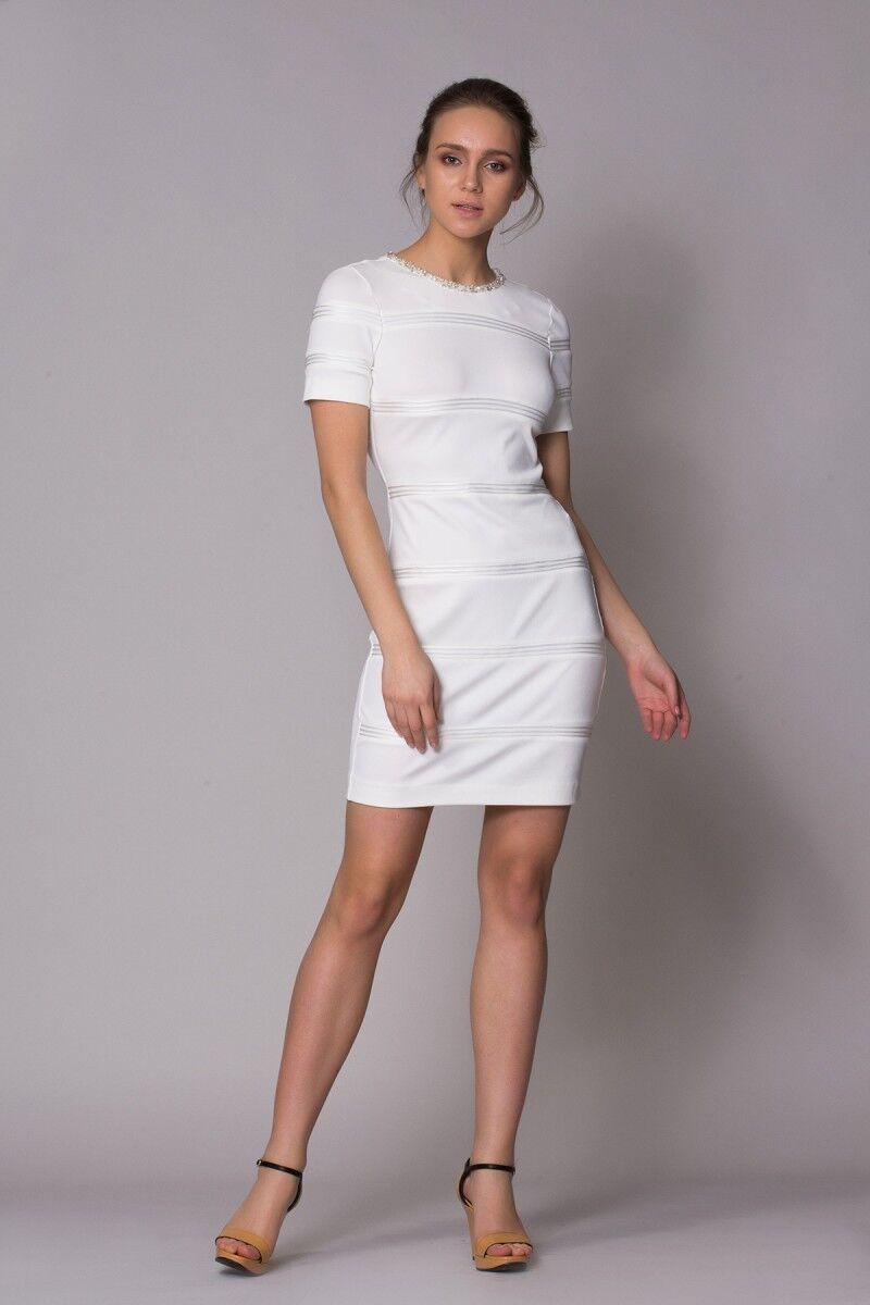 Yaka Taş Detaylı Beyaz Spor Elbise