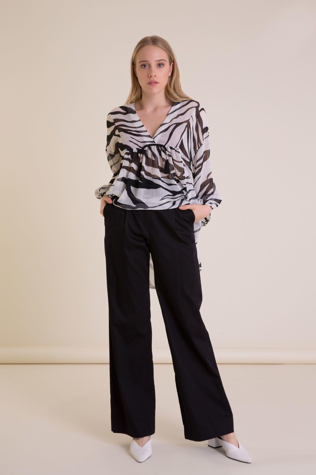 Zebra Desenli Büzgülü Form Şifon Bluz