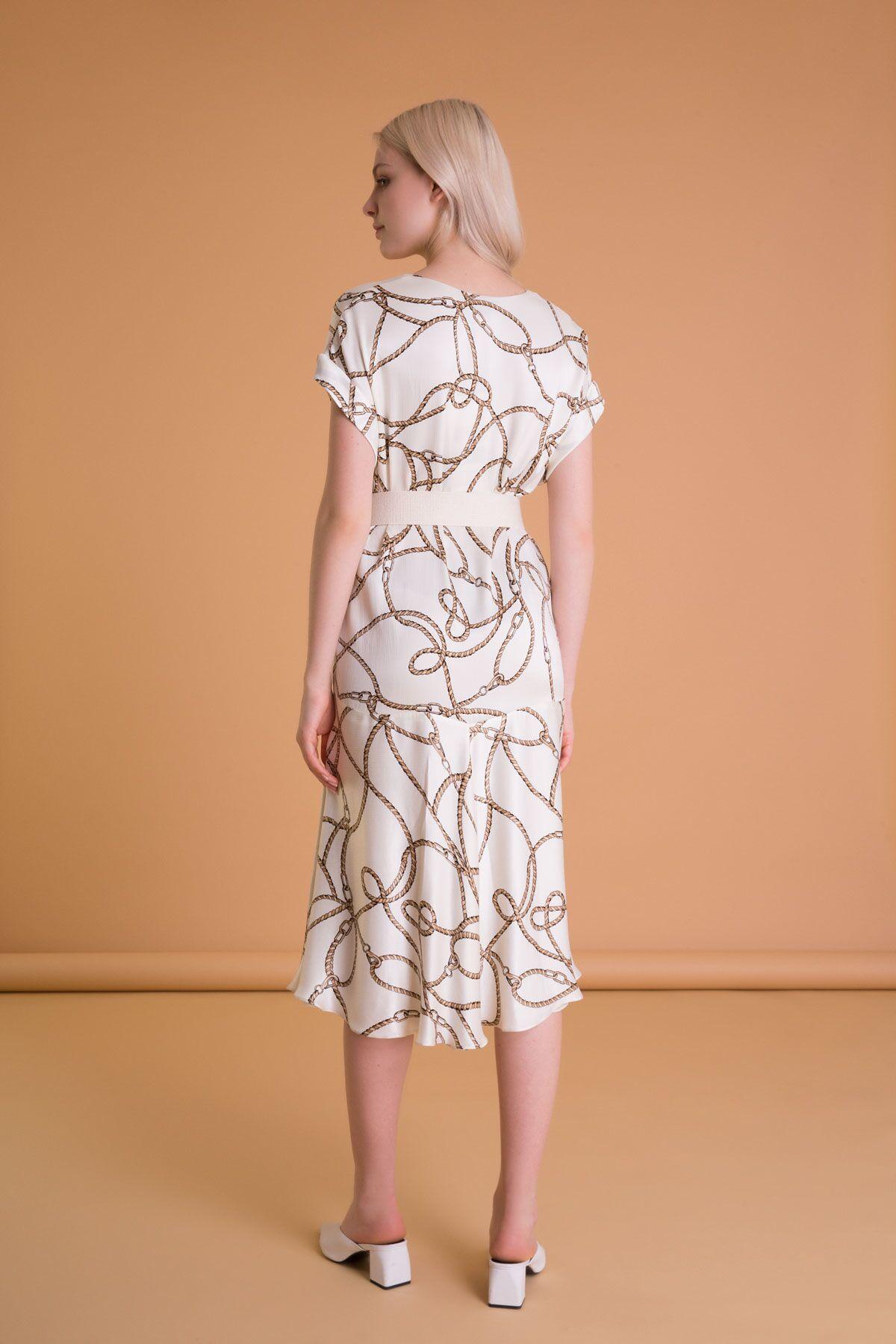 Zincir Desenli Kemerli Kloş Ekru Midi Elbise
